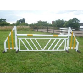 Show Jumps - Chevron Filler - 8 ft x 2 ft - Rustic