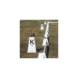 FREE STANDING DRESSAGE MARKERS - 12