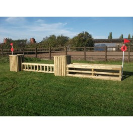 SET 2  - 2 Pillars and 2 fences - 8 ft